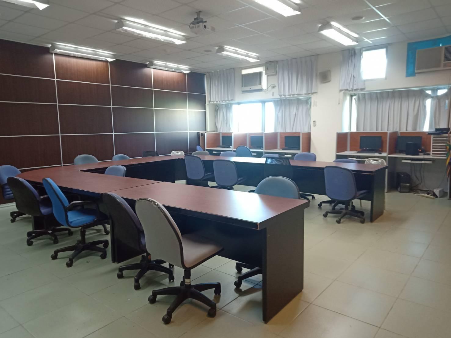 工管系研討室